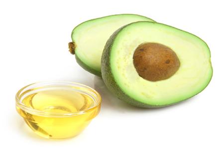 oleo-de-abacate-beneficios-e-propriedades