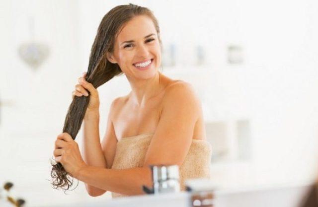 hidratacao-cabelos-700x457