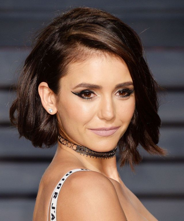 nina-dobrev-vanity-fair-oscar-party-2017